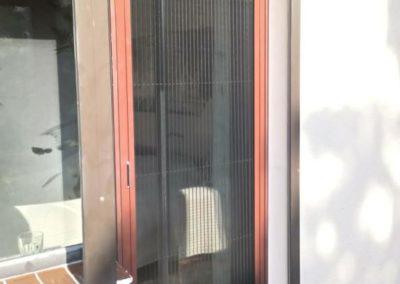 moskitiera plisowna z możliwością wypięcia panelu